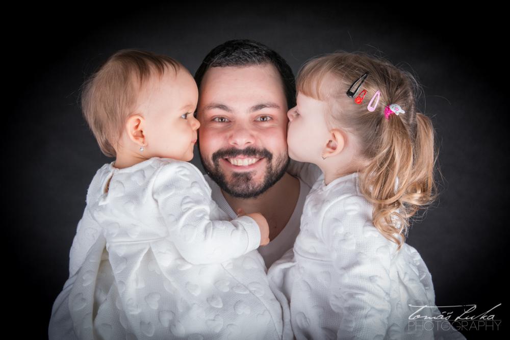 Pišný táta - rodinné foto