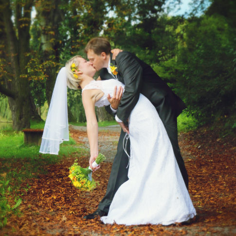 novomanželé svatba