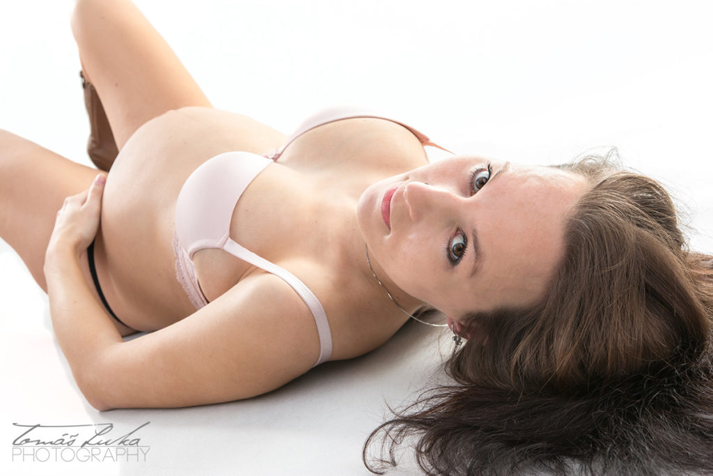Těhulka Lenka - těhotenské foto