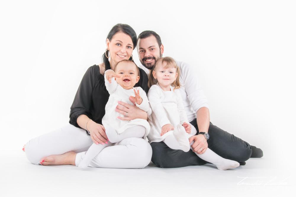 Šťastná rodinka - Rodinný fotograf Brno